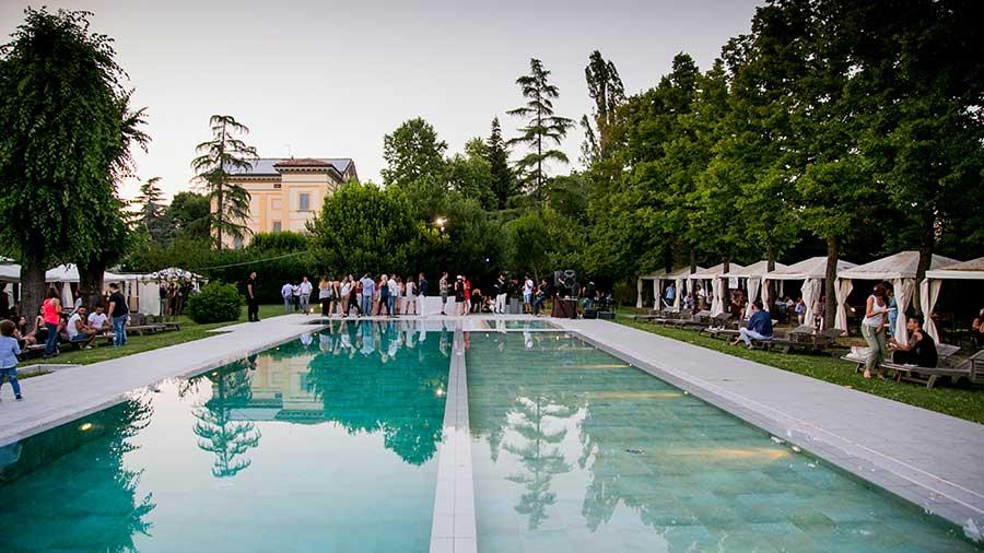 Villa capriata villa per cerimonie bologna galleria - Agriturismo con piscina bologna ...