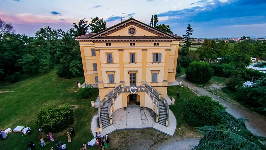 villa chigi bologna autobusy - photo#14
